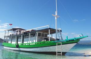 Abijaya Komodo Boat