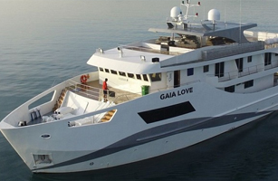 Gaia Love Boat