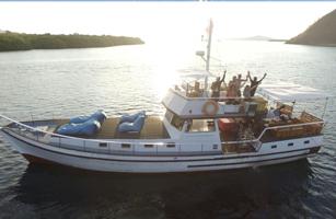 King Castle Boat Komodo