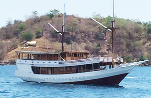 KLM Liberty Phinisi Boat