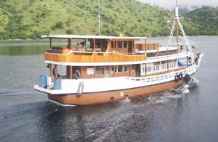 MV Fadaelo Boat Charter