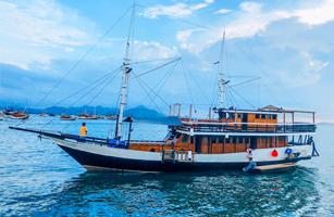 MV Latansa Komodo Boat