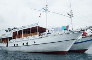 KLM Budi Agung Boat