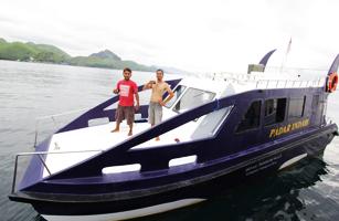 Padar Indah Speed Boat