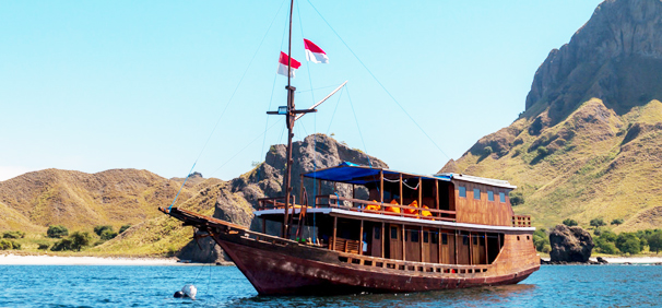Alcira Boat Komodo