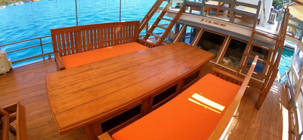 KLM Al Madira Komodo Boat Charter