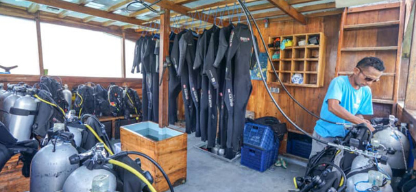 Komodo Diving Equipment