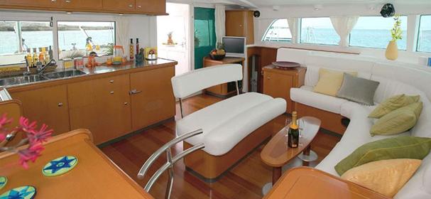 Komodo Boat Cruises