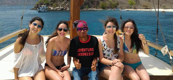 Ayla Boat Cruise