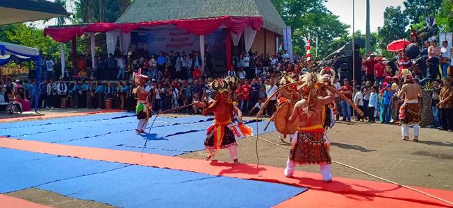 Caci Dance on Manggaraian Cultural Fest