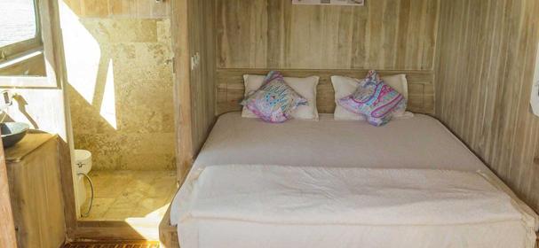 Cajoma IV Cruises Cabin