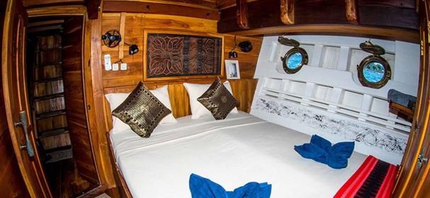 MV Calico Jack Raja Ampat Boat
