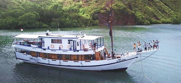 Komodo Boat Charter for Indonesia Explorer