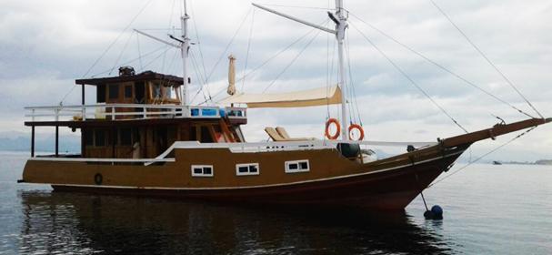 KM Clavaila Boat