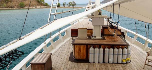 Duyung Baru Cruises