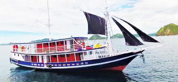 Elang Flores Boat