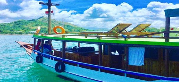 Embong Nai Boat
