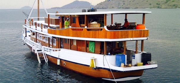 Fadaelo Boat