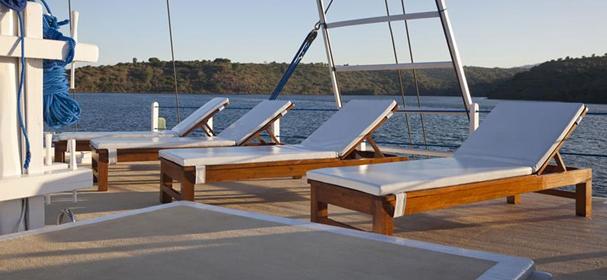 MV Indo Siren Deck