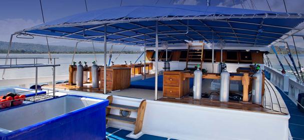MV Indo Siren Diving Gears