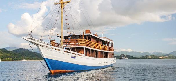 KLM Mari Dive Cruise