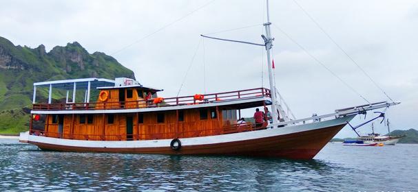 KM Dirga Kabila Boat