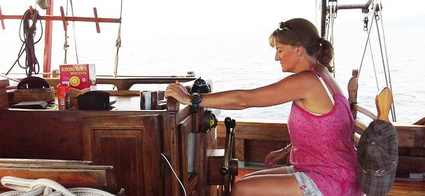 Komodo Boat