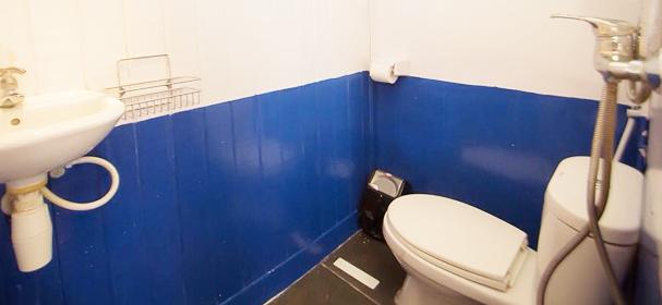 KM Komodo Boat 1 Toilet