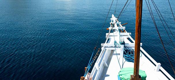 KM Bidadari Komodo Cruise Sandeck