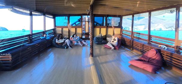 Kencana Adventure Komodo Cruise