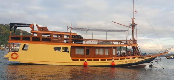Florence Boat Komodo