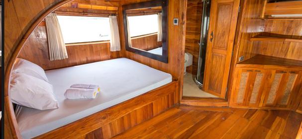 La Galigo Cabin Boat