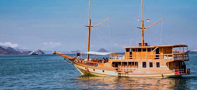 KM Levilia Boat Charter