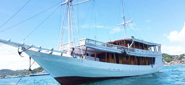 Liberty Phinisi Boat