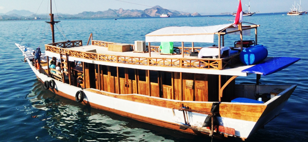 MV Fabaresenge Boat