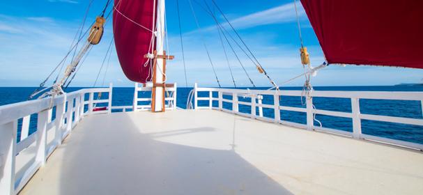 Maki Komodo Boat Charter