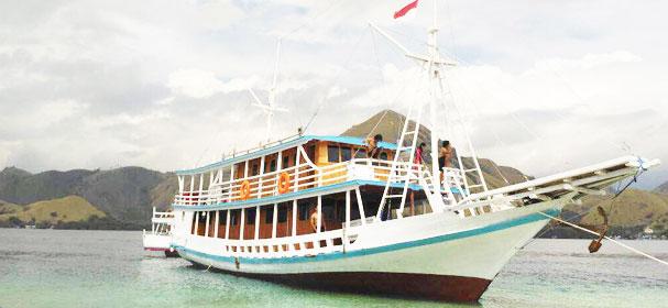 Marcopolo Blue Boat