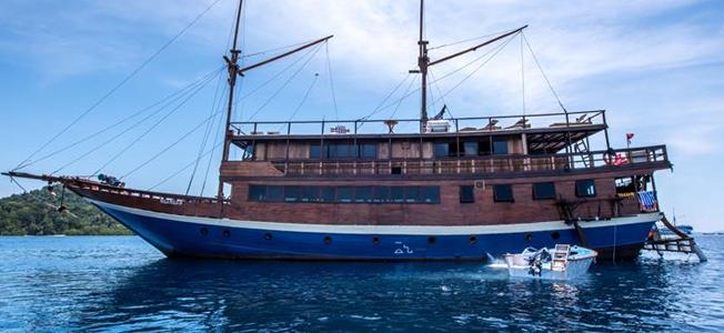 MSY Mola Mola Liveaboard
