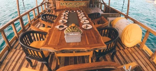 KLM NK Jaya Boat Komodo