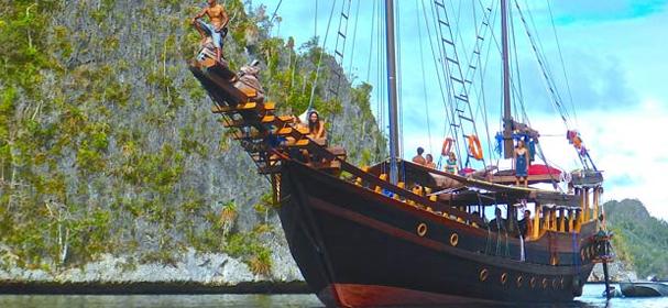 Nataraja Boat Komodo