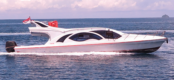 Oceanic Speed Boat