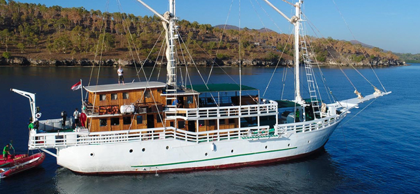 Pindito Phinisi Liveaboard
