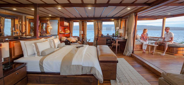 Prana Komodo Boat charter Luxury