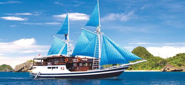 MV Putri Papua Boat