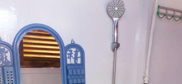 KLM Putri Tunggal Shower