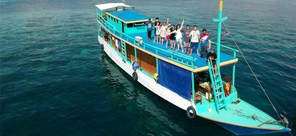 KLM Putri Tunggal Boat