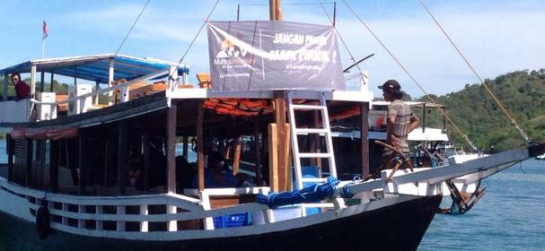 KM Rindu Boat Komodo