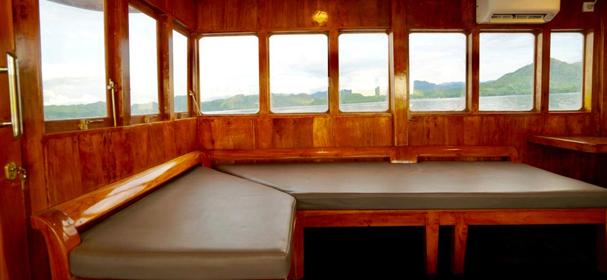 KLM Sea Familia  Boat Charter