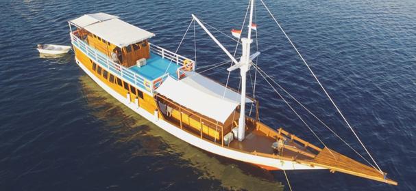 Segara Liveaboard Cruise