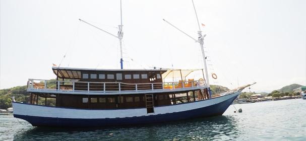 KLM Sipakatau Boat